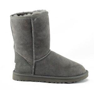 UGG Australia Classic Short Boots Womens 9 Gray
